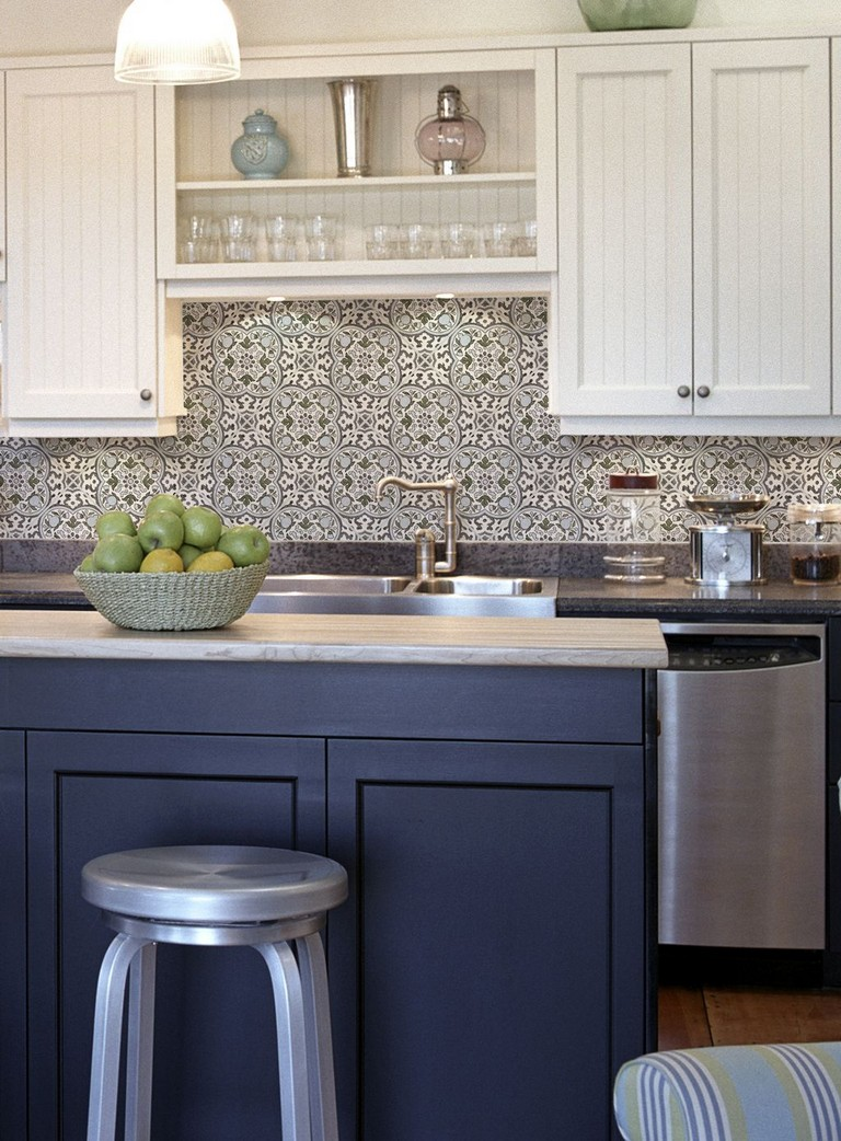 - 53+ Cool White Cabinet Kitchen Backsplash Tile Pattern Ideas