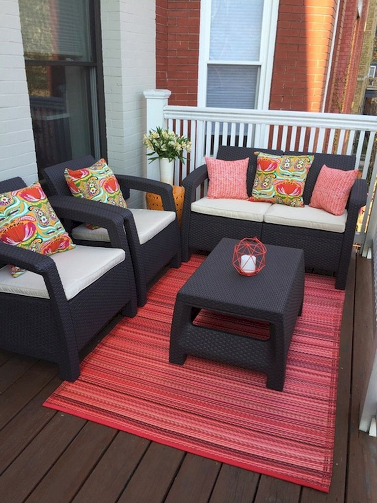 70 Stunning Small Balcony Decorating Ideas On A Budget Page 69 Of 72